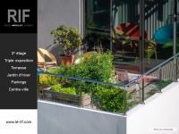 T4 de 100 m² avec terrasse et parkings